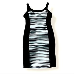 R & M RICHARDS Black & White Fitted Bodycon Dress